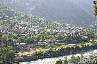 Kullu Valley - Image: Kullu Valley with River Beas Kullu Himachal Pradesh 2014 05 09 2181