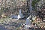 Kuroslepy - pomník obětem havárie britského vojenského vrtulníku obr01.jpg
