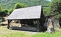 Lavoir de Gez (Hautes-Pyrénées) 2.jpg
