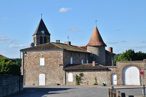 Le logis et le clocher Saint-Michel.