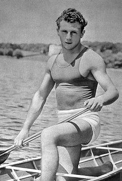 Leon Rotman 1956.jpg