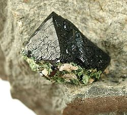 Libethenite-282207.jpg