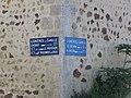 Lignières-la-Carelle - Plaques de cocher.jpg