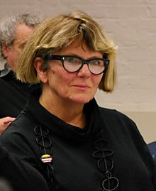Lois Weaver, Long Table on Live Art and Feminism 10 (cropped).JPG