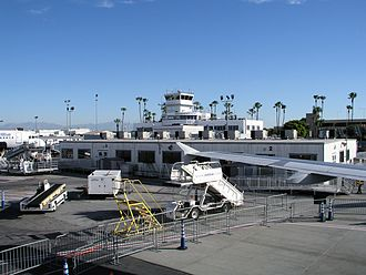 Long Beach Airport - The old terminal building in 2009
