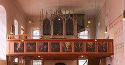 Lonsee Marienkirche Empore und Orgel 2019 03 24.jpg