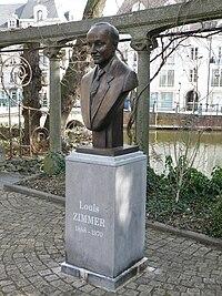 Louis Zimmer standbeeld2.JPG