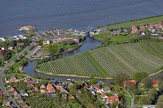 Lühe (river) - Image: Luftaufnahmen Nordseekueste 2012 05 by Ra Boe 573