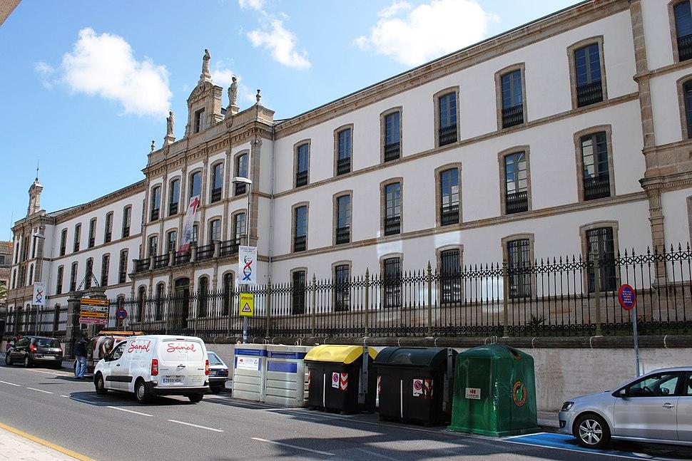 Seminario, onde estudou, entre outros, Gregorio Sanz.