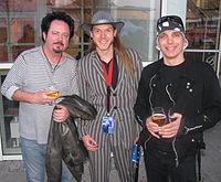 Kühbauch mit Steve Lukather und Joe Satriani auf der Musikmesse