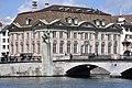 Münsterhof - Zunfthaus zur Meisen - Hans Waldmann Reiterstandbild - Münsterbrücke - Limmatquai 2011-08-10 11-49-40.jpg