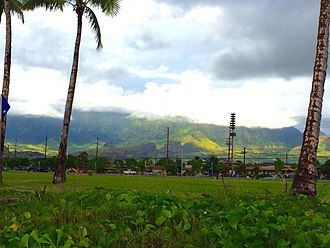 Māili, Hawaii - Māʻili with the Lualualei Valley and the Waianae Range in the background.