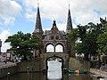 Main gate of Sneek (Friesland Netherlands) (2775283458).jpg