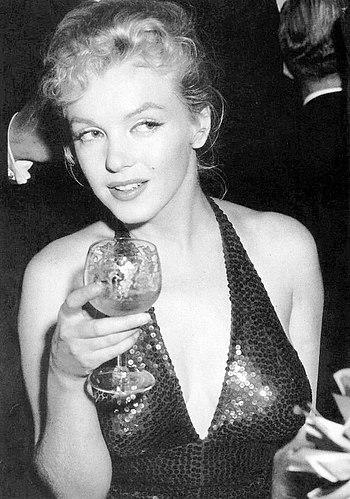 Marilyn Monroe, Waldorf-Astoria, New York, 1957