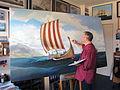 Marinemaler Olaf Rahardt, Rudolstadt, Thüringen, in seinem Atelier. Der Künstler bei der Arbeit.JPG