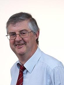 Mark Drakeford - Asamblea Nacional de Gales (recortado) .jpg