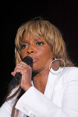 Mary J. Blige - Blige performing in July 2007.