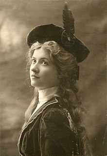 Maude Fealy, stage actress (SAYRE 71).jpg