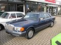 Mercedes-Benz 560 SEL (5481204821).jpg