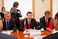 """Ministru prezidents Valdis Dombrovskis tiekas ar pasaules vadošo telekomunikāciju risinājumu ražotāja """"Huawei Technologies Investment"""" vadību (6429649251).jpg"""