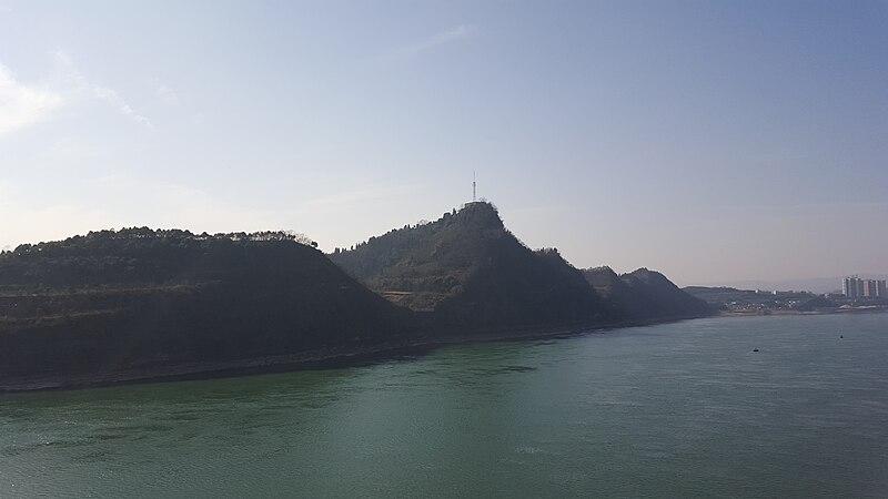 Moji mountain.JPG