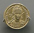 Moneda (24880441962).jpg