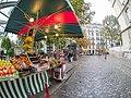 Montmatre fruit stand (30379065556).jpg