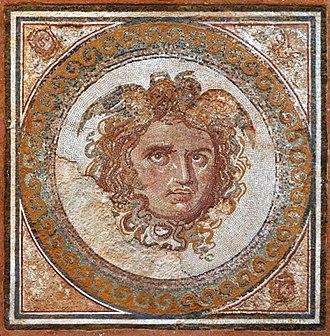 National Archaeological Museum of Tarragona - Image: Mosaic de la Medusa 2
