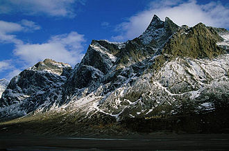 Mount Odin - Image: Mount Odin flanks