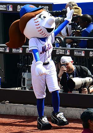 Mrs. Met - Mrs. Met in 2013