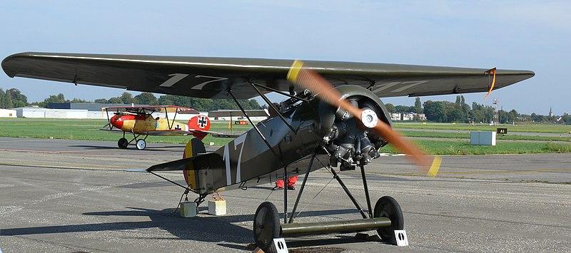 File:Museum Stampe Fokker DVIII 03.jpg