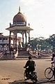 Mysore street scene (6159310150).jpg