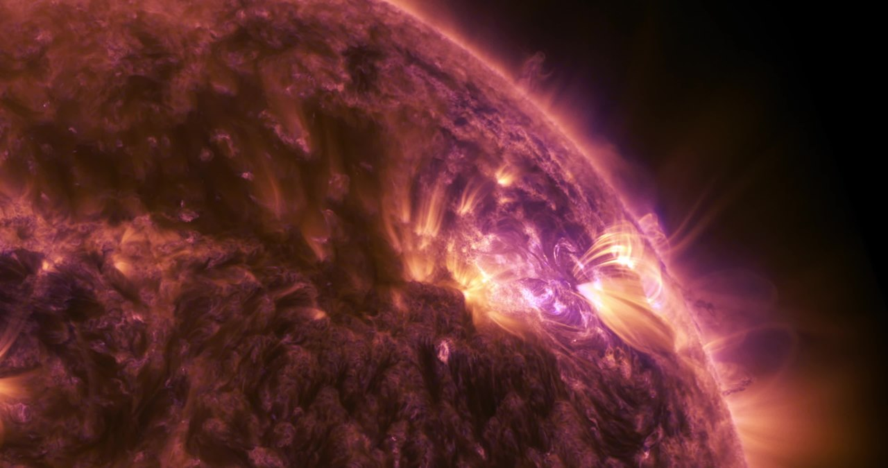 File:NASA's 4K View of April 17 Solar Flare.webm ...
