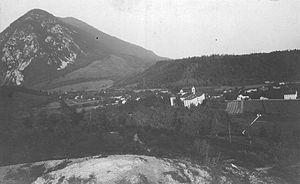Poljče, Radovljica - Image: Naselje Poljče pri Lescah
