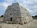 Naveta dels TUDONS Menorca ( Illes Balears ) - panoramio.jpg