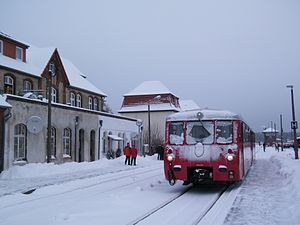 Neustrelitz Hauptbahnhof - On 18 December 2010, special excursion passenger trains ran again from Neustrelitz Süd station to Feldberg