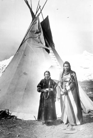 Smoke hole - A tipi of the Nez Perce tribe, circa 1900.  The excess fabric at the top of the structure is the smoke hole and smoke flaps.
