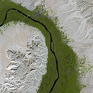 Nile - The Nile at Dendera, as seen from the SPOT satellite