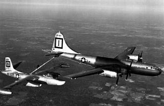 Barksdale Air Force Base - 91 SRW North American RB-45C Tornado AF Ser. No. 48-0039 being refueled by a 91 SRW Bell-Atlanta B-29B-45-BA Superfortress AF Ser. No. 44-83927 (in KB-29P configuration)