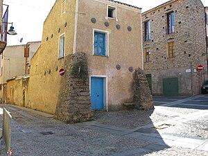 Nuoro - Casa dei Contrafforti, Nuoro's Old Town
