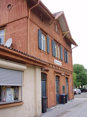 Lenningen - Image: Oberlenningen Bahnhof