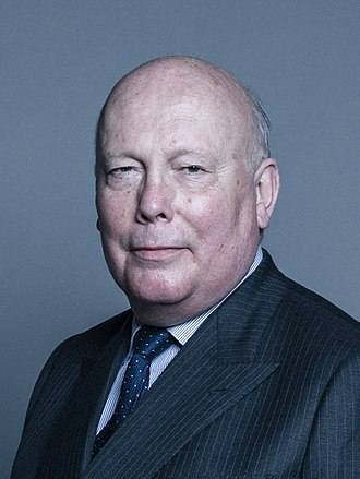 Julian Fellowes - Image: Official portrait of Lord Fellowes of West Stafford crop 2