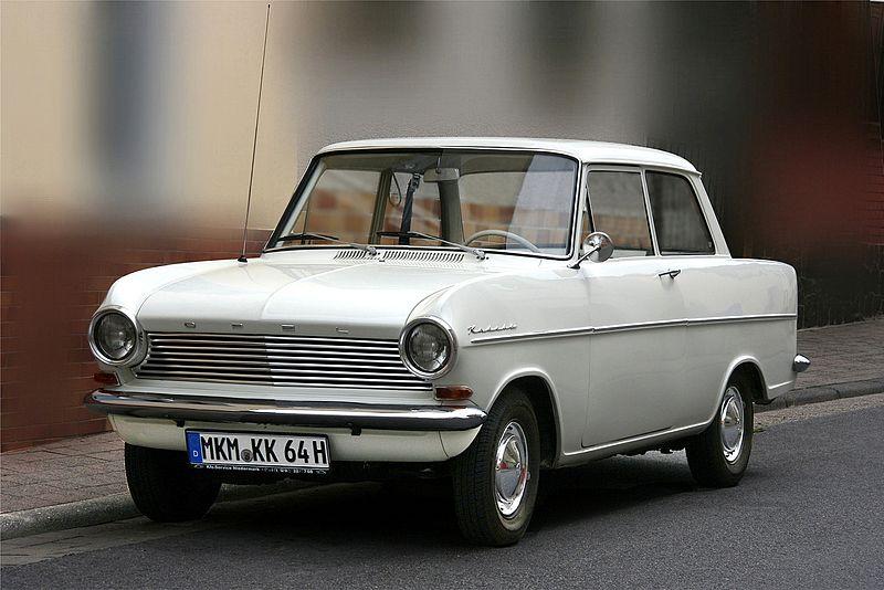 Los principios de Opel y sus modelos 800px-Opel_Kadett_A%2C_Bj._1964_%282011-07-02%29