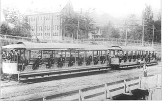 Toronto and Mimico Electric Railway and Light Company - Image: Open air streetcars at Sunnyside