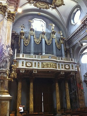 Organ in the Basilica di Monte Berico, Vicenza.jpg