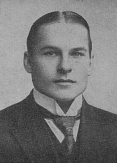 Oskar Wetzell Finnish diver