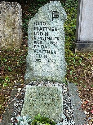 Otto Plattner-Lüdin (1886–1951) Kunstmaler, Graphiker, Heraldiker. Frida Plattner-Lüdin (1882–1973), Stephanie Plattner (1914–2009) Grab auf dem Friedhof Liestal. Standort: Feld LP