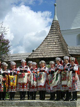 Țara Călatei - Image: Pünkösdi pompa Körösfőn