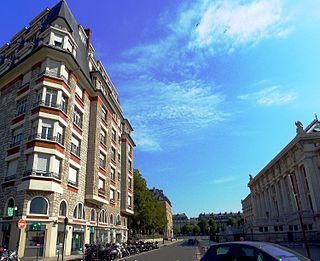 street in the 1st arrondissement of Paris, France