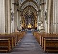 Paderborn, Dom, Blick durch das Kirchenschiff auf den Hauptaltar (1).jpg